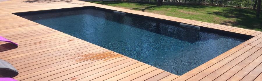 Constructeur de piscine en bois hy res for Constructeur piscine bois