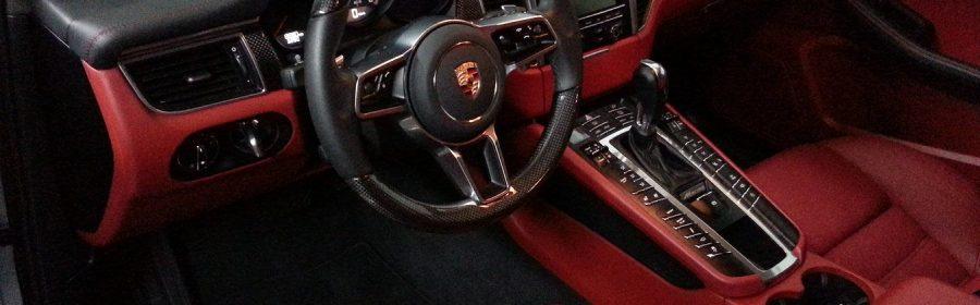 service d'entretien automobile et de restauration esthétique haut de gamme